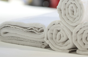 Hydrotherapy hot and cold towels